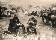 Officers of the Turkish camel cavalry during a coffee break on their march through Syria in 1915. Place unknown. The Sinai and Palestine Campaign was a secondary theatre of war between the Ottoman Empire and Great Britain during World War I (1915-1918). The Ottoman Empire, as a an ally of the Central Powers, was supported by German (Asia Corps) and Austro-Hungarian troops in Palestine. Photo: Berliner Verlag/Archiv