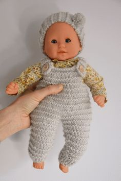 Knitting Dolls Free Patterns, Knitted Dolls Free, Knitting Dolls Clothes, Doll Clothes Patterns, Clothing Patterns, Coin Couture, Baby Couture, Mini Dressing, Knitting Increase