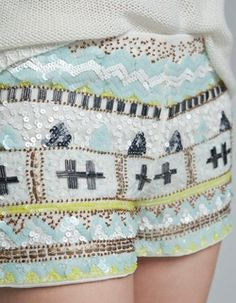 Sequinned shorts from ZARA. Saved to Bottoms. Shop more products from ZARA on Wanelo. Fashion Week, Look Fashion, Womens Fashion, Sequin Shorts, Embellished Shorts, Tribal Shorts, Lesage, Vogue, Playing Dress Up