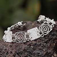 Energy from @NOVICA, They help #artisans succeed worldwide.