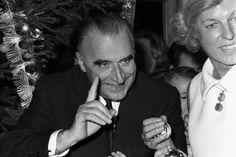 Georges Pompidou et son épouse, à l'occasion de l'Arbre de Noël à Matignon