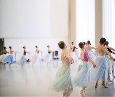 .... #StudioLife: Sylphs in motion.  @karolinakuras #LaSylphideNBC @nationalballet #ballet #ballerinas #tutu by karolinakuras