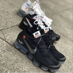 Order New Nike Off-White Air Vapormax Black / OW shoes online - Nike Off-White - Womensshoes Sneakers Fashion, Sneakers Nike, Fashion Shoes, Nike Trainers, White Sneakers, Balenciaga, Off White Shoes, Skate Wear, Hype Shoes