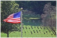 The largest National Cemetery of Union dead in the United States is located in the Vicksburg National Military Park.