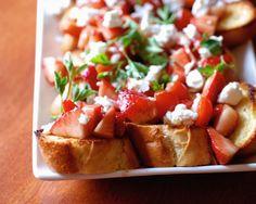 Strawberry Tomato Bruschetta | lemonsforlulu.com