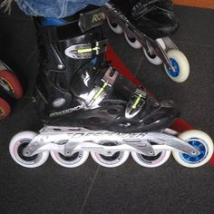 Descender still alive and kicking in #Lausanne with #hydrogenwheels  #inline_downhill #proskatersplace #gorollerblade