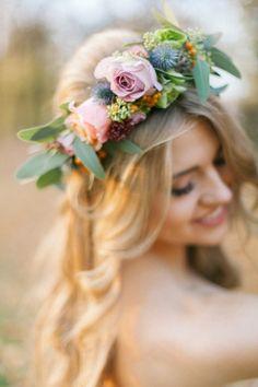 Autumn Symphony, jesienna sesja stylizowana | WedBook.pl | Foto: Elena Matiash Wedding Hair And Makeup, Hair Makeup, Pretty Hairstyles, Wedding Hairstyles, Love Rose, Beautiful Day, Her Hair, Wedding Inspiration, Bright