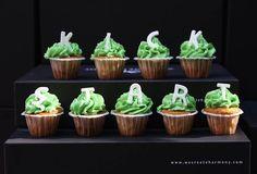 Hoodies, Desserts, Food, Tailgate Desserts, Sweatshirts, Deserts, Essen, Parka, Postres