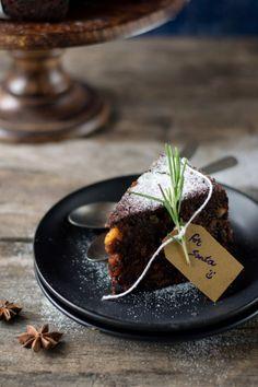 4himglory:  Chocolate Fruit Cake | The White Ramekins