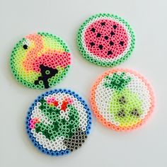 A bit of tropicool in hamas pearls Easy Perler Bead Patterns, Melty Bead Patterns, Diy Perler Beads, Perler Bead Art, Beading Patterns, Hama Beads Coasters, Hama Mini, Pearl Beads Pattern, Flamingo Craft