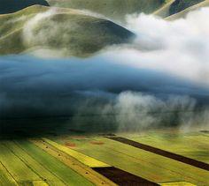 Fog: Nature's blur tool.