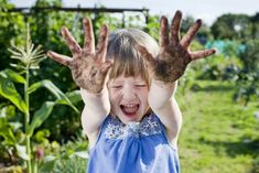 Useful Organic Gardening Tips, Tricks And Pointers – World of Gardening Celine, Organic Gardening Tips, Sustainable Gardening, Baby Boom, Mini Me, Family Love, Travel With Kids, Baby Fever, Future Baby