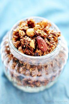 Plate of Joy: Chrupiąca granola. Samo zdrowie.