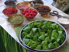 Paan- It's Mouth freshner...and i tell you this ...THis Paan tops all the mouth freshner in the world..Trust me!!