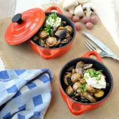 Cherry potatoes met paddenstoelen Mini, Oven, Potatoes, Ethnic Recipes, Cherry, Food, Mushroom, Dutch Ovens, Potato