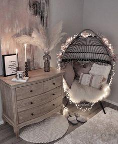Cute Bedroom Decor, Room Design Bedroom, Bedroom Decor For Teen Girls, Girl Bedroom Designs, Stylish Bedroom, Room Ideas Bedroom, Teen Girl Bedrooms, Girls Bedroom Decorating, Cute Bedroom Ideas For Teens
