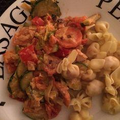 Perlini met groente-roomsaus
