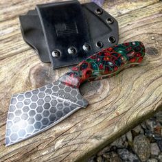 These blades are heirloom quality customs that can't be found on a store shelf Knives And Tools, Knives And Swords, Sharp Objects, Bug Out Bag, Fantasy Armor, Bike Art, High Carbon Steel, Blacksmithing, Kitchen Knives