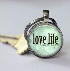 Schlüsselanhänger - Liebe-Leben MadameButterflyMeagan - ein Designerstück von MadamebutterflyMeagan bei DaWanda