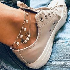 Minimalist Jewelry, Timberland Boots, Sneakers, Outfits, Shoes, Daydream, Tattos, Diy Ideas, Ootd