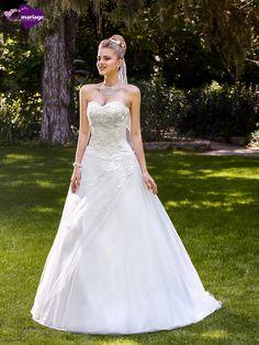 Robe de mariée Malice, robe de mariée princesse, robe de mariage bustier cœur…