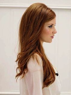 Vintage Bouffant Worn Down for Long Hair - Cute and Easy Hairstyles for long hair.