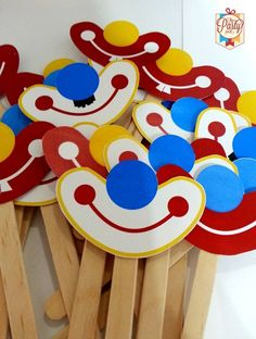 l Kids Crafts, Clown Crafts, Circus Crafts, Carnival Crafts, Preschool Crafts, Diy And Crafts, Paper Crafts, Carnival Birthday Parties, Circus Birthday