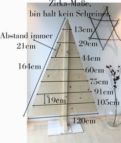 Weihnachtsdeko DIY Weihnachtsbaum Use Your House To Pay For Your House Few people have heard of the Pallet Tree, Pallet Christmas Tree, Christmas Wood Crafts, Diy Christmas Decorations Easy, Rustic Christmas, Xmas Tree, Christmas Projects, Christmas Holidays, Christmas Ornaments