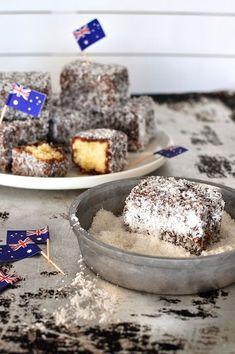 Classic Lamingtons - the classic Australian cake, a vanilla sponge coated in chocolate and coconut. For Australia Day! Australian Food, Australian Recipes, Australian Desserts, Aussie Food, Lamingtons Recipe, Just Desserts, Dessert Recipes, My Favorite Food, Favorite Recipes