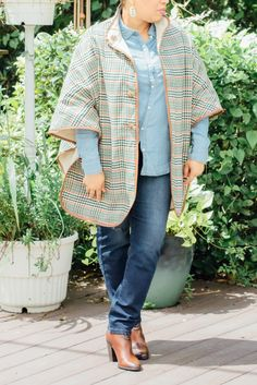 We're in love with the reversible design on Jeffrey Bank's High Neck Poncho! Which side would you display the most?