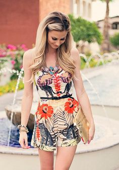 Summer outfit: chic printed romper