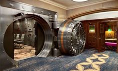 Safe Deposit Foyer - Courtyard by Marriott San Diego Downtown