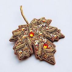 Gallery.ru / Фото #18 - текстильные и бисерные броши-4 - Vladikana