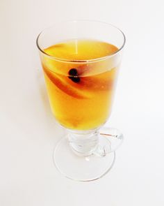 HOT APPLE CIDER  For 5-6 servings: In a pot combine 4 cups apple juice, 2 cups water, 5-6 cinnamon sticks and 1 sliced orange (leave skin on). Bring to a boil, then reduce temperature and simmer for 15 minutes. Pour into glasses and serve.  #recipe #hot #apple #cider #cinnamon #drink
