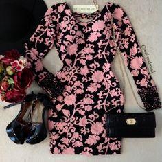 Vestido Luana Bordado C/ BOJO Jacquard Premium( Estampa ROSÊ c/ Preto)