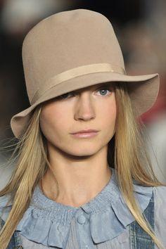 Ralph Lauren at New York Fashion Week Spring 2010 - StyleBistro