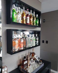 Home Bar Rooms, Home Bar Areas, Diy Home Bar, Modern Home Bar, Home Bar Decor, Bars For Home, Canto Bar, Bar Sala, Apartment Bar