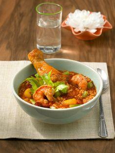 Rezept für Jambalaya bei Essen und Trinken. Ein Rezept für 4 Personen. Und weitere Rezepte in den Kategorien Geflügel, Gemüse, Gewürze, Meeresfrüchte, Reis, Schwein, Schalen- und Krustentiere, Hauptspeise, Suppen / Eintöpfe, Braten, Kochen, Kreolisch.