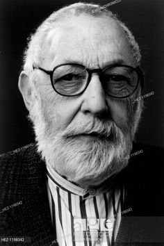 Leonard Baskin, Stock Pictures, Stock Photos, Illustration Art, Illustrations, Important People, American Artists, Photo Library, Writers