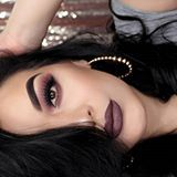 Adoring @mayaraoliveiramakeup #makeup. Seriously we can'take our eyes with this flawless face. Yay or nay? #beauty