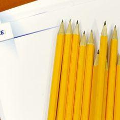 Ylioppilastutkintolautakunnan sensori Olli Löytty listaa kuusi vinkkiä äikän esseekokeeseen. Näiden avulla varmistat tekeväsi hyviä ratkaisuja kokeessa!
