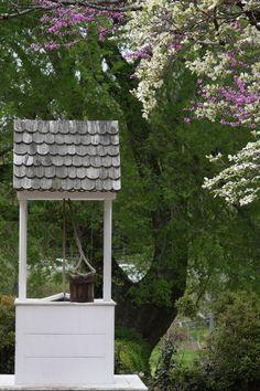 Add a well replica to your garden ~ Gardens in Colonial Williamsburg, VA