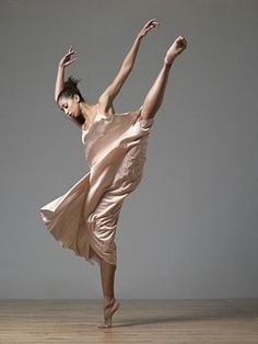 I cannot imagine having a body that would show such fluidity of motion.  This fascinates me.  Wish I could.....
