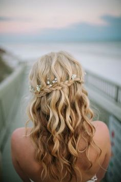 So pretty.love the curly waves and its down. Don't know if I want my hair down . # waterfall Braids with babys breath So pretty.love the curly waves and its down. Don't know if I want my hair down . Bride Hairstyles For Long Hair, Down Hairstyles, Pretty Hairstyles, Prom Hairstyles, Bridesmaids Hairstyles, Braided Hairstyles, Hairstyle Braid, Straight Hairstyles, Curly Wedding Hair