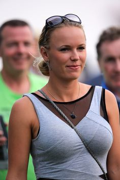 miley cyrus boobs tennis stjerner kvinder