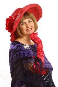 Founder of the red hat society Mrs. Sue Ellen Cooper (aka Founding Queen Mother) Red Purple, Red And Pink, Red Hat Ladies, Wearing Purple, Ladies Club, Red Hat Society, Hat Crafts, Pink Hat, Hat Hairstyles