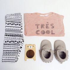 Look enfant cool - Mocassins Hippie Ya - Legging Kiabi - T-shirt hyss14
