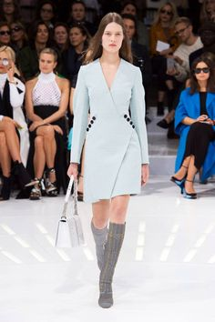 See the top looks from Christian Dior.