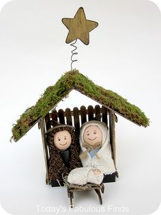 Childrens' Nativity Set - how sweet. Molly would absolutely love making and playing with this. DOING