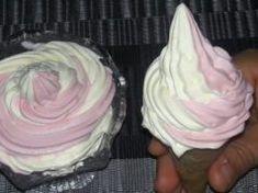 Domácí dvoubarevná zmrzlina BEZ vajec a vaření: Stačí vyšlehat a máte hotovo – je výborná i jako krém! Desserts, Food, Tailgate Desserts, Deserts, Essen, Postres, Meals, Dessert, Yemek